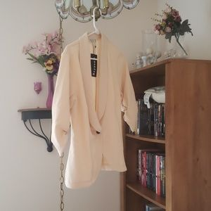 Never worn 3/4 sleeve blazer like jacket